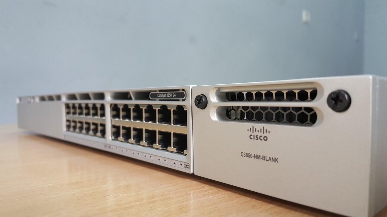 Switch Cisco WS-C3850-24T-S